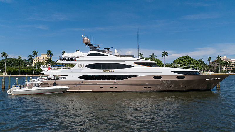 Hunter yacht in Florida