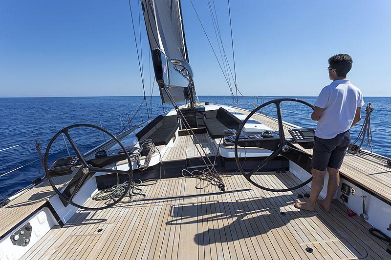 EGI4 yacht deck
