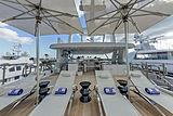 H yacht sundeck