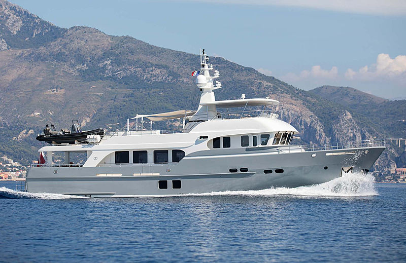 Mrs. B yacht profile