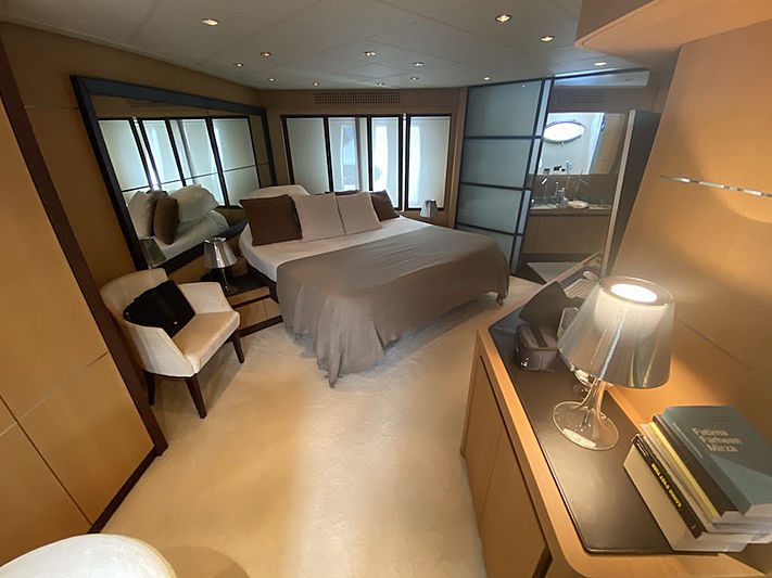 MM Yacht stateroom