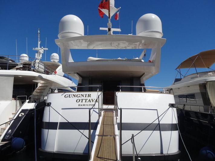 Gungnir Ottava in Port Canto