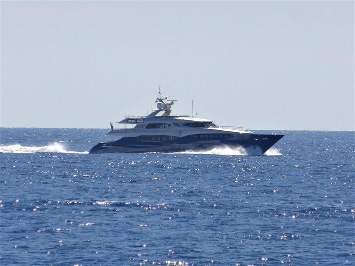 HATT MILL yacht Vicem