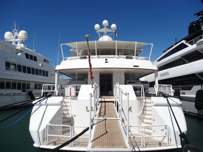 Lady Mona K in Port Canto
