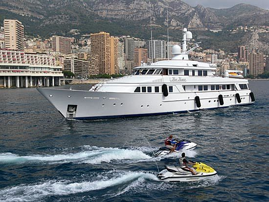Her Honor yacht arriving at Monaco