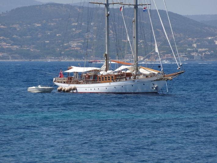 SAKARA yacht Lawley