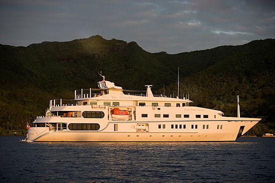 Tia Moana yacht anchored