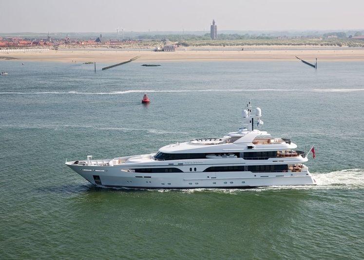 VIBRANCE yacht Amels