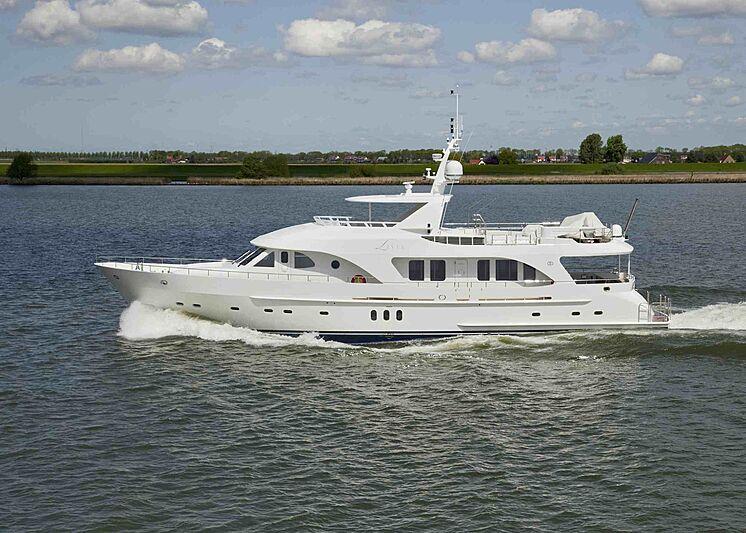Livia yacht