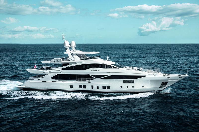 WILLOW yacht Benetti