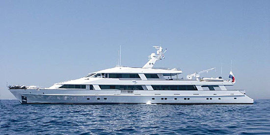 El Chris yacht profile