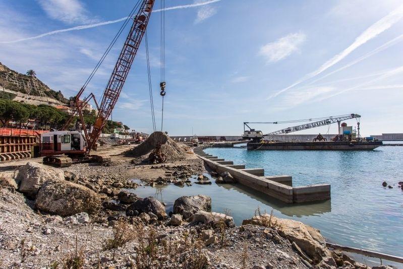 Works underway Cala del Forte