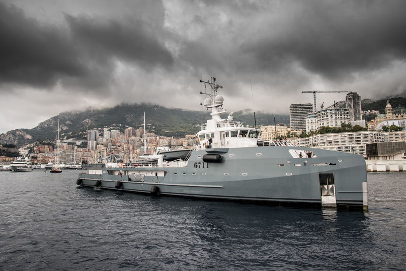 6711 arrives in Monaco ahead of the yacht show