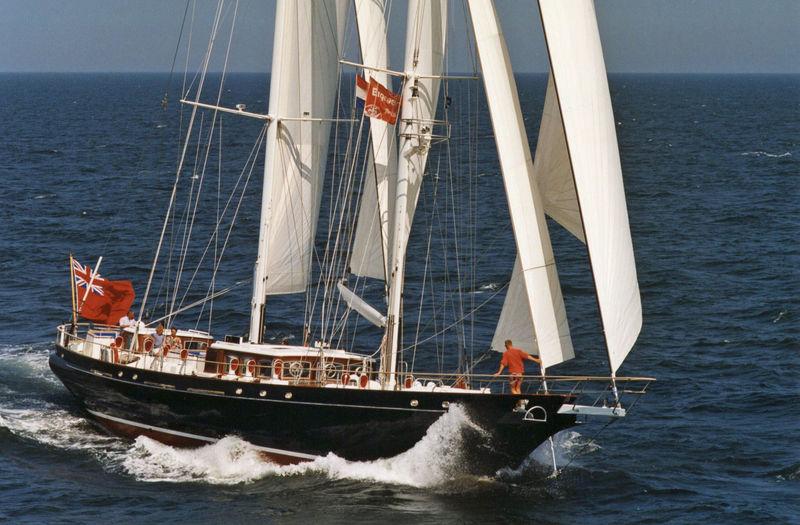 Reesle under sail