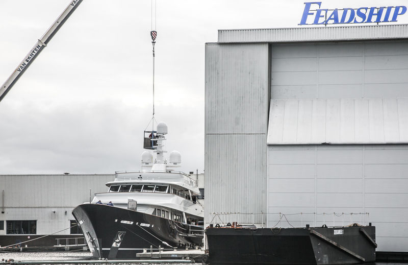 Feadship 697 launch