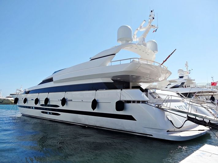 LAZY ME yacht Cantieri di Pisa