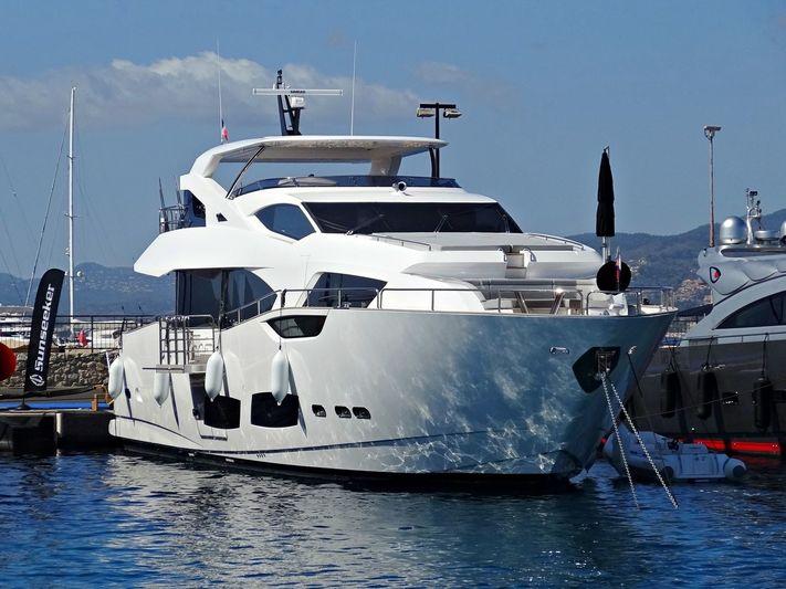 MR. K  yacht Sunseeker