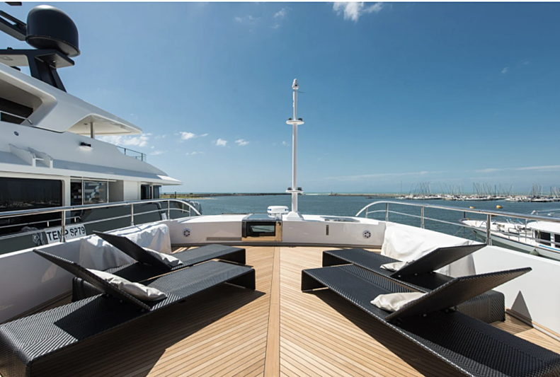 Fast & Furious yacht exterior