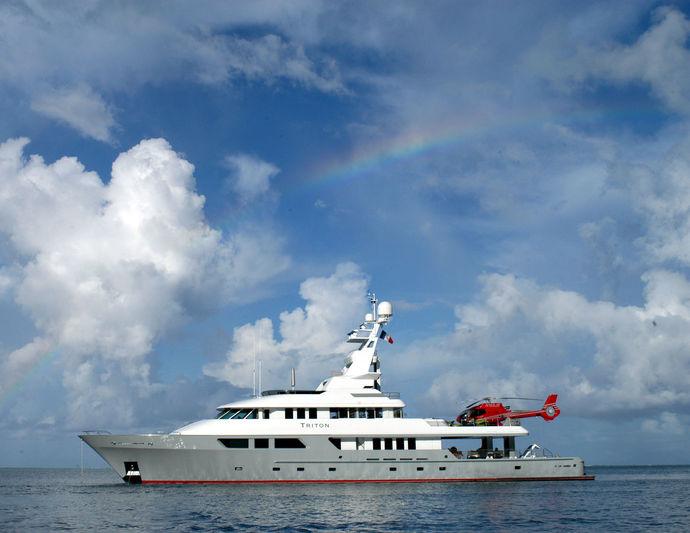 TRITON yacht Delta Marine