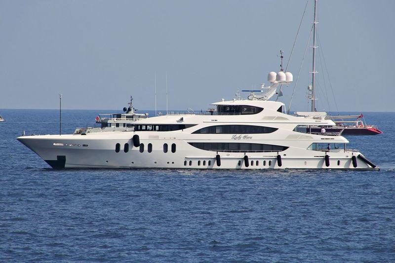 LIBERTY yacht Trinity