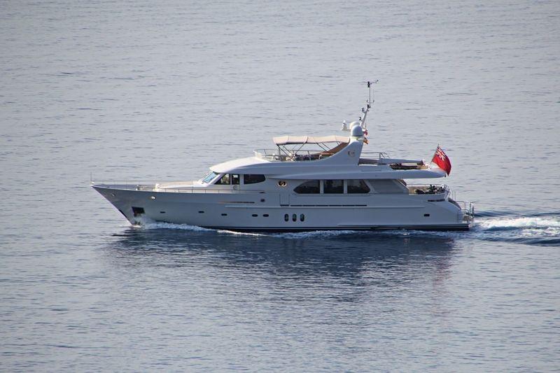 JASMINE LUNA yacht Moonen