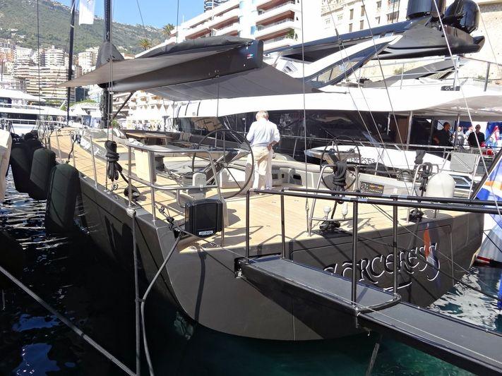 Sorceress in Monaco