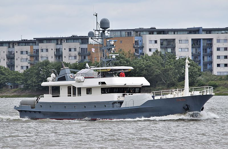 Dr No yacht in London