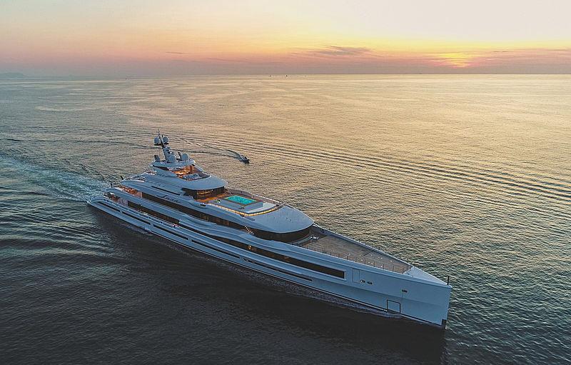 LANA yacht Benetti