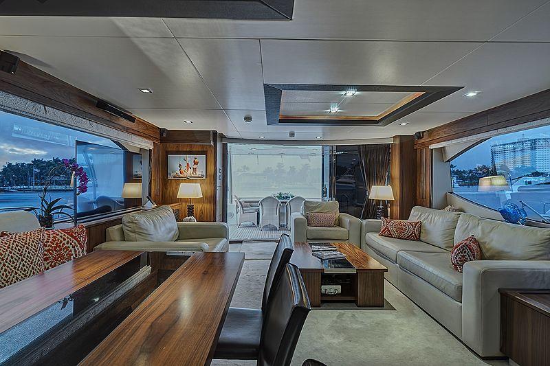 Forward Unlimited yacht saloon