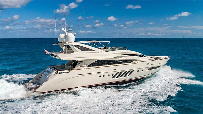 Elysium yacht running