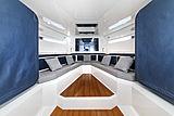 Evo R4 tender interior