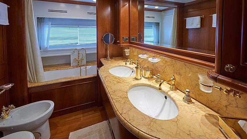 Imagine yacht master bathroom
