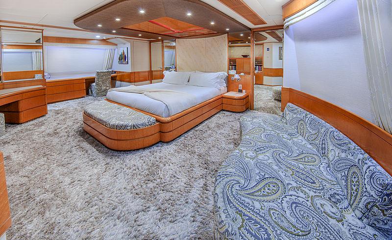 Island Heiress yacht owner's cabin