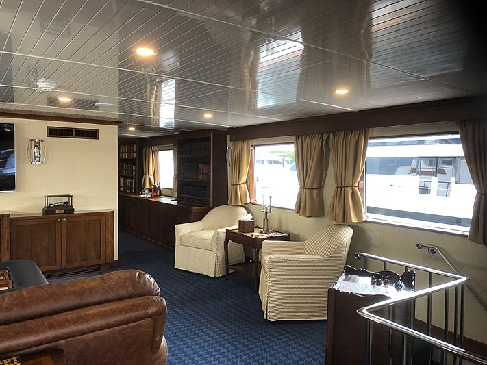 Buckpasser yacht interior