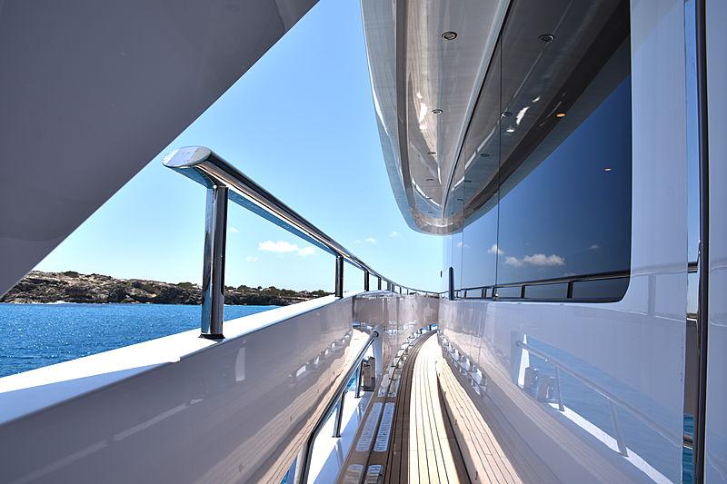 Sea Story yacht sidedeck