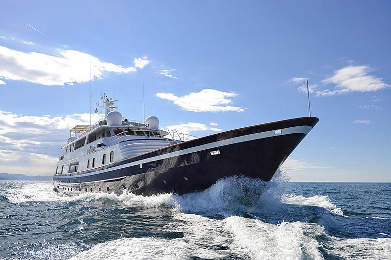 Atlantic Goose yacht cruising