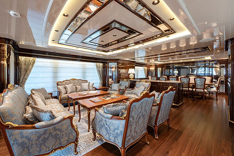 Lady Lena yacht main saloon