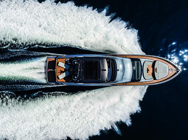 Cranchi Settantotto 78 yacht exterior