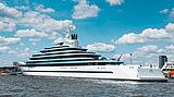Jubilee yacht relaunch in Hamburg