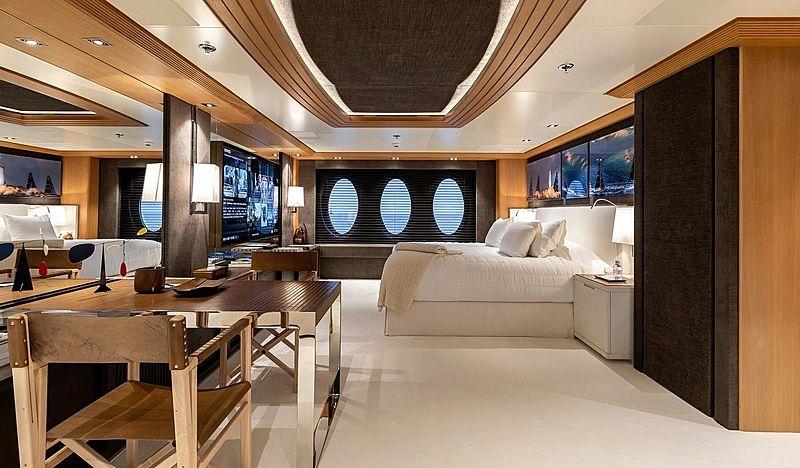 Deja Too yacht stateroom