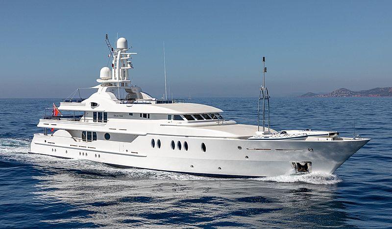 Deja Too yacht cruising