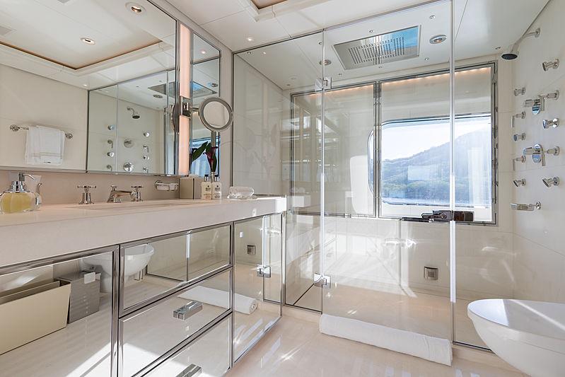 Flag yacht master's bathroom