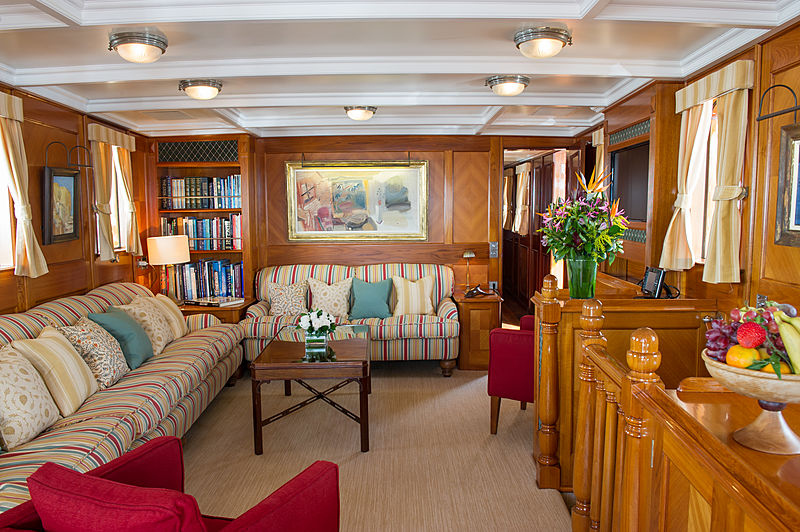 Fair Lady yacht main saloon