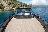Mazu 82/01 yacht deck