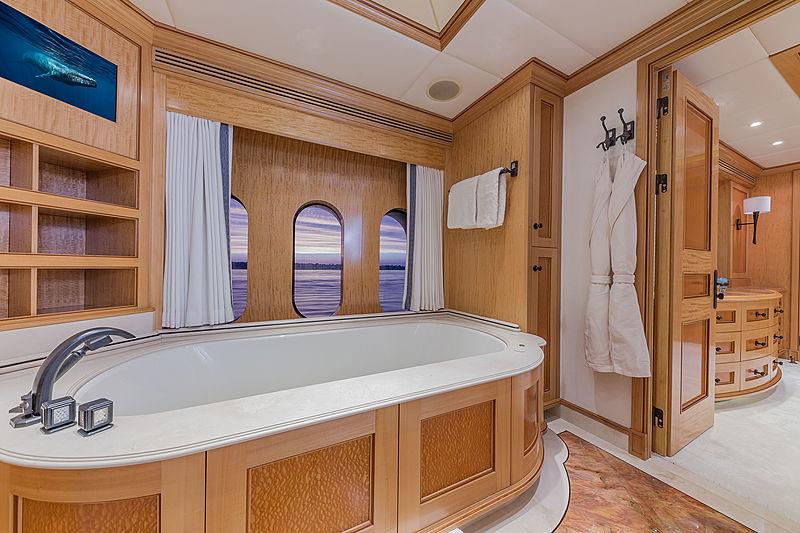 Unbridled yacht bathroom