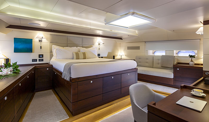 Radiance yacht stateroom
