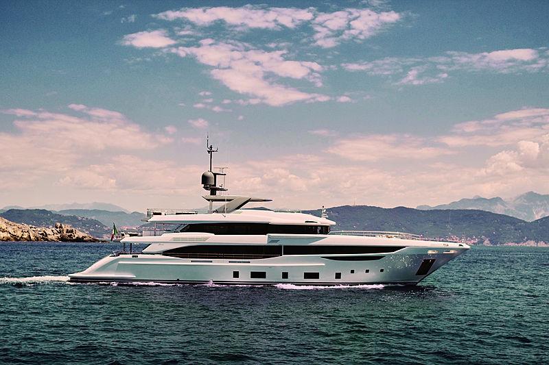 INK yacht Benetti