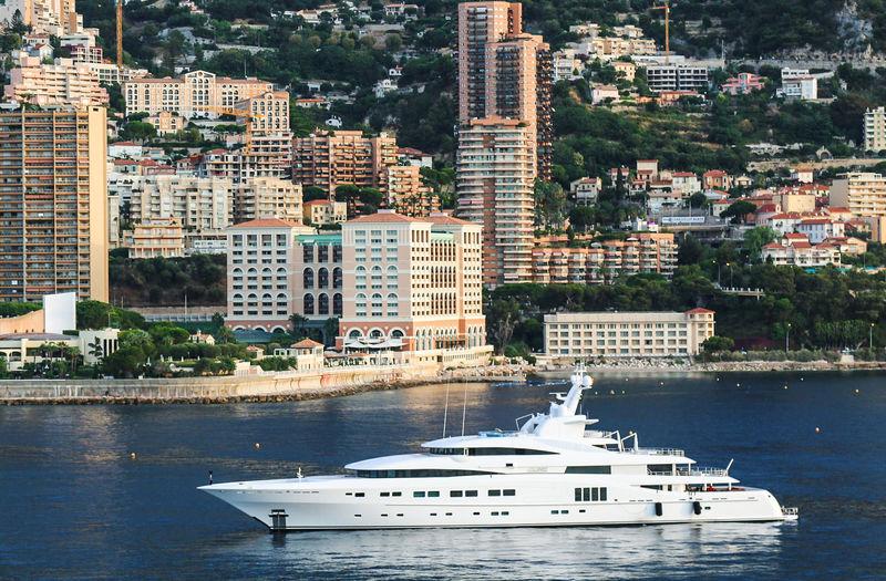 Secret arriving in Monaco