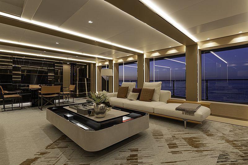 LEL yacht saloon