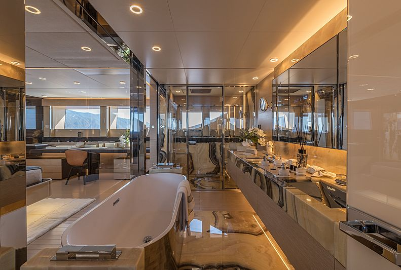 LEL yacht bathroom